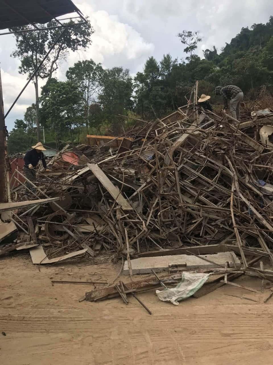 Thu mua phế liệu sắt vụn tại Nghệ An